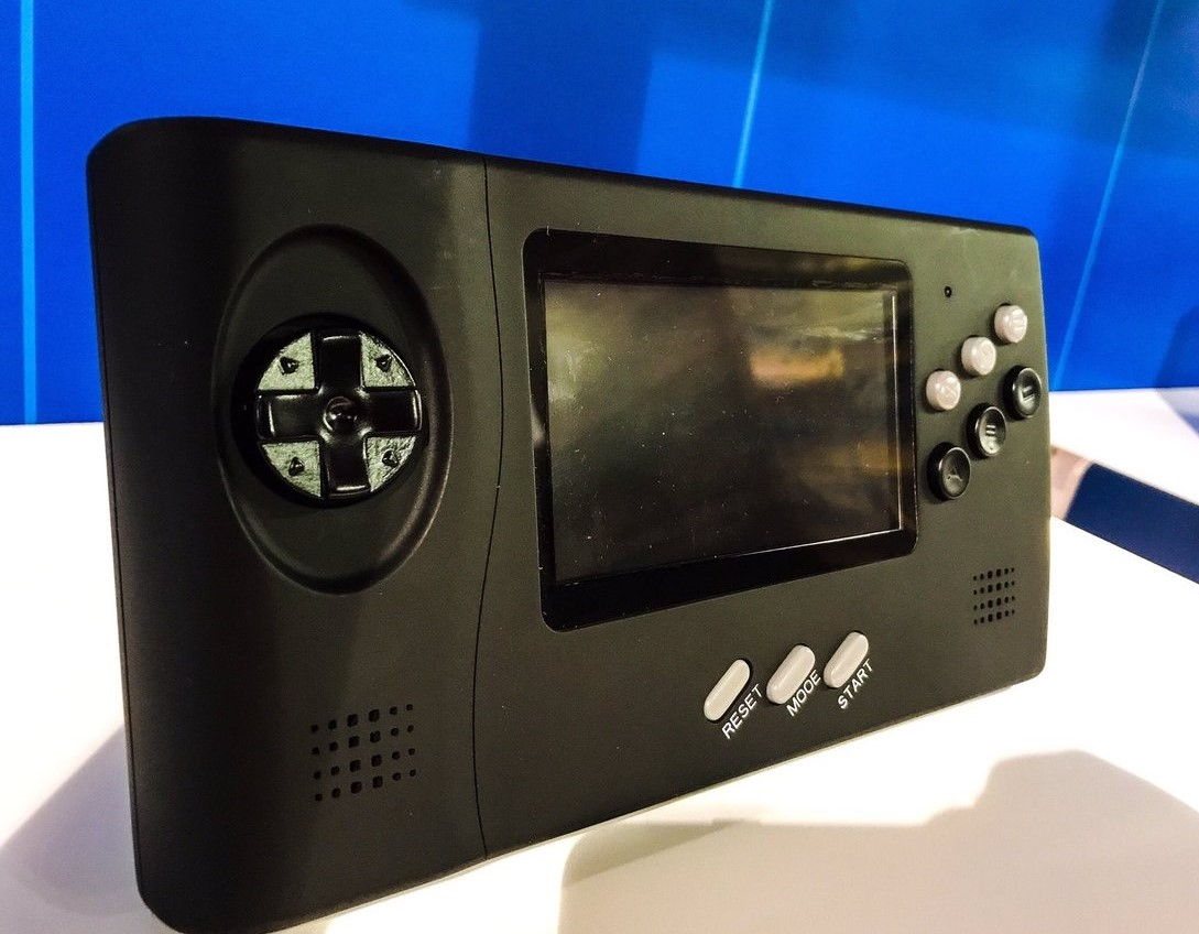 Retro-Bit Genesis Portable