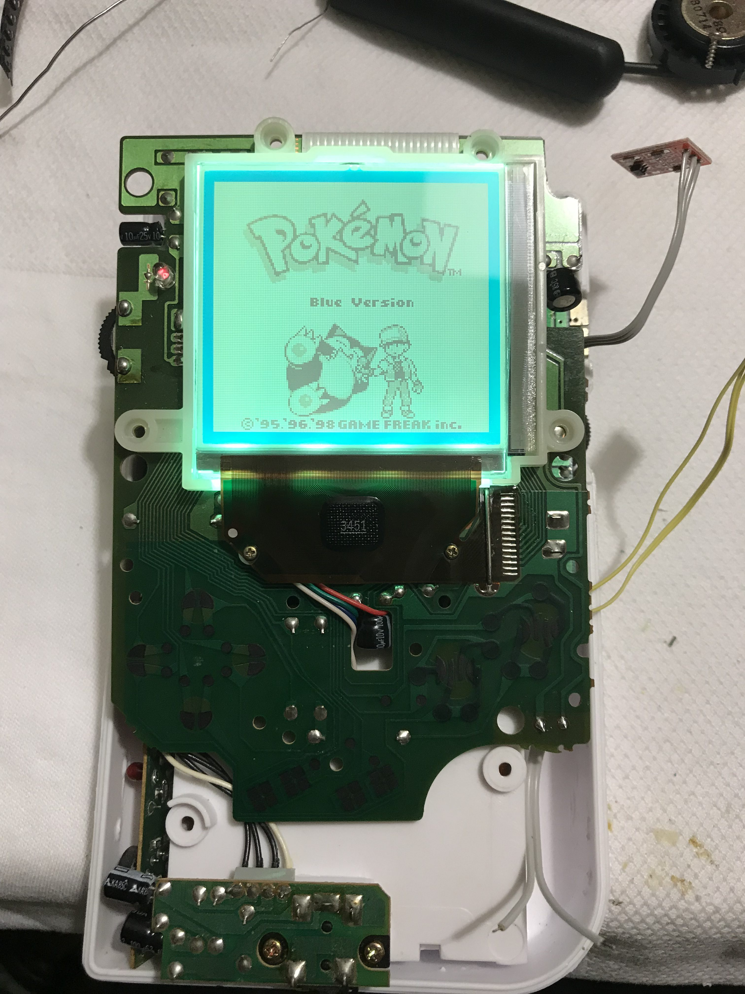 Backlighting Your Gameboy DMG – The Right Way